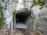 大入隧道へ