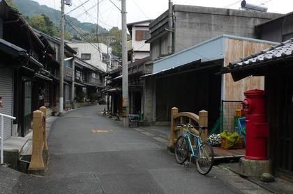 11101311再び旧東海道の街並み.JPG